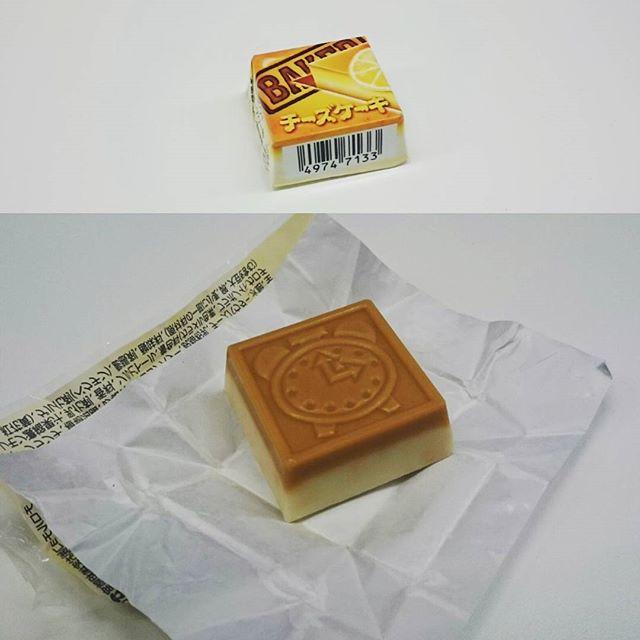 #スイーツ #チロルチョコ #チーズケーキ 味をゴチになりました! いつのまにやらチロルチョコが30円にまで値上がりしてたね。 #チョコ #sweets