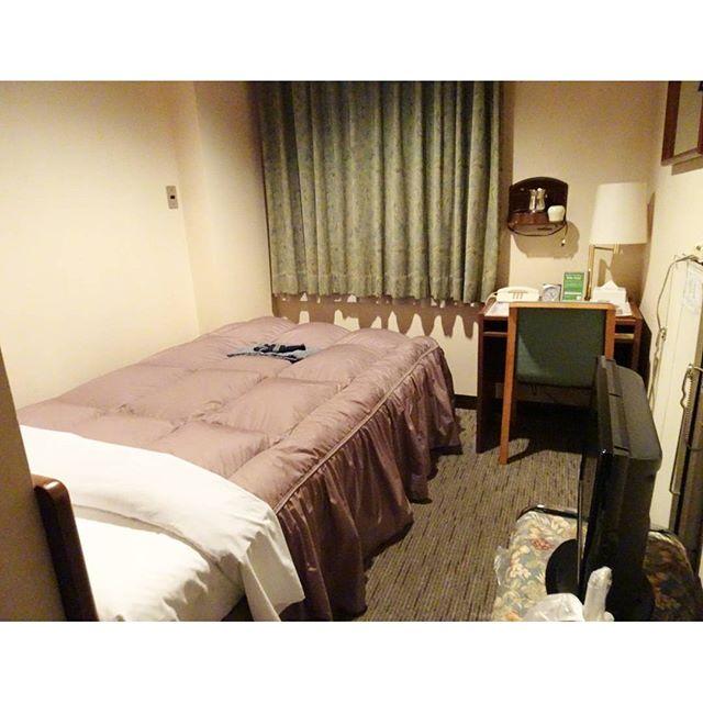 #福島駅周辺の散歩 駅真ん前にある #グリーンホテル福島館 で今日はお泊まりですな!シャワー浴びて晩御飯を探しに行きますよ!